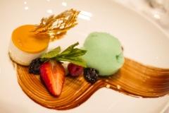 Eines der Desserts des Abends (© Preinfalk/Opitz)