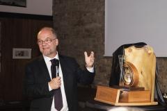 Prof. Dr. Dirk Heckmann verleiht den For..Net-Award 2019