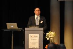 Dr. Phillip W. Brunst, Cybercrime Research Institute in Köln und Berlin